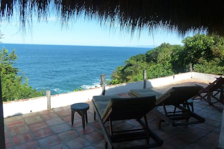 Romantic, oceanfront, jungle palapa - Puerto Vallarta