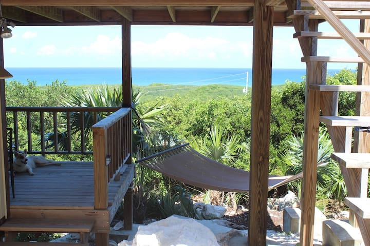 The View at Surfer's Beach - Upper Unit Only