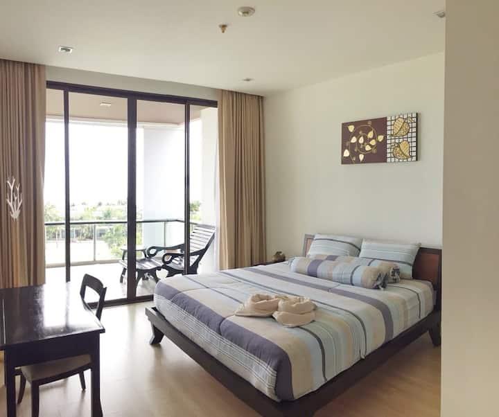 Inncomfy Phuphatara Condominium Rayong