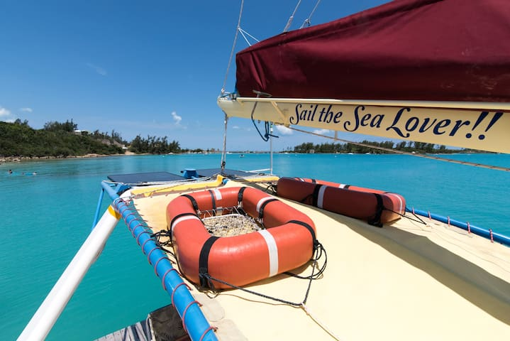 life rafts for overseas trips