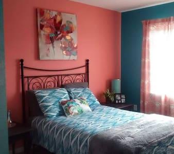 Comfy Room near Intel and downtown Hillsboro - Hillsboro - House