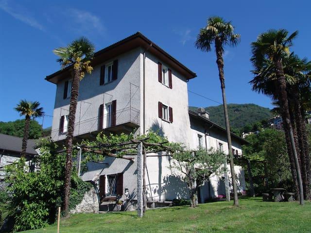 Tessinerhaus mit Seesicht - Tenero-Contra - Dom