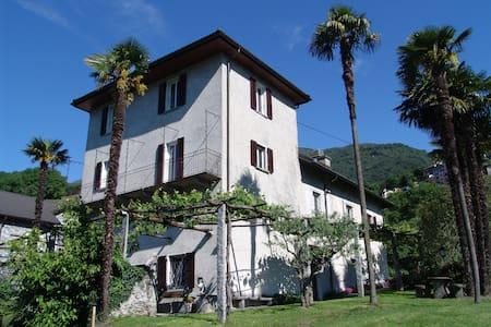 Tessinerhaus mit Seesicht - Tenero-Contra - Hus
