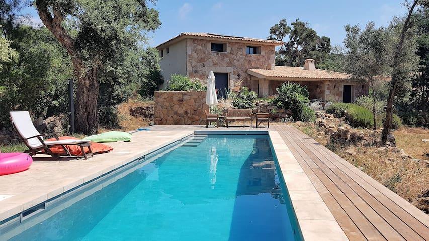Chambre 2p. Pinarello, maison de charme, piscine