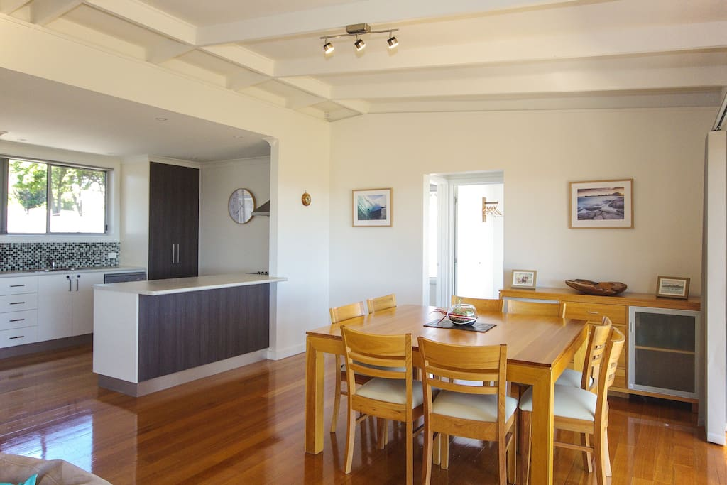 A bright and spacious Dining and kitchen area.