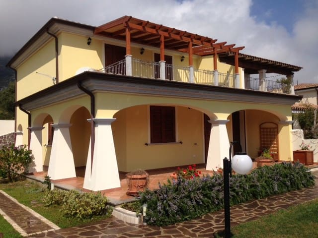 Eleganti appartamenti in villa