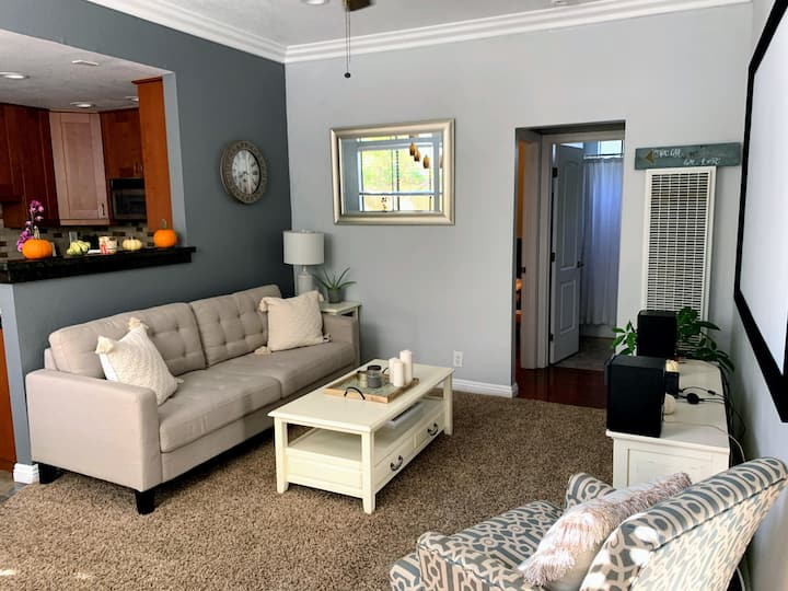 Uptown Stay | North Park | Walkers Paradise -2b/2b
