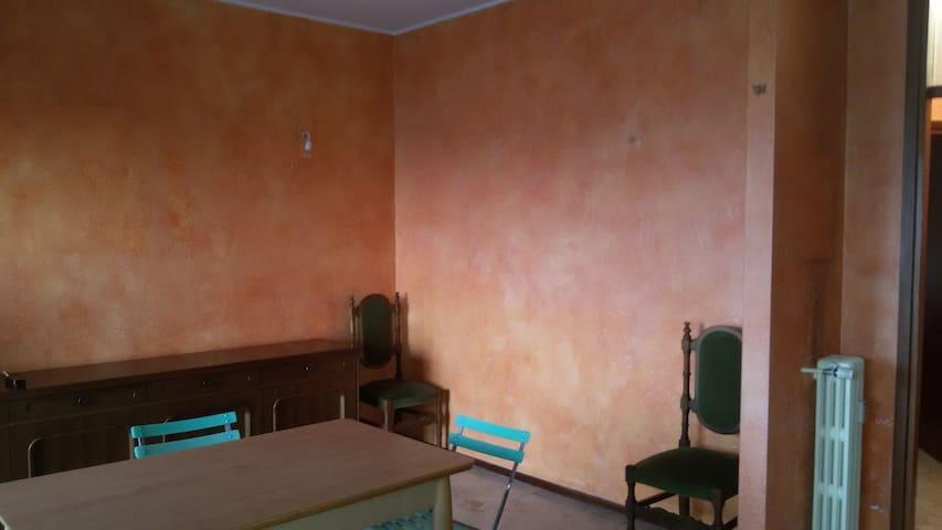 Casa ampia e spaziosa, ottavo piano - Garbagnate Milanese - Casa