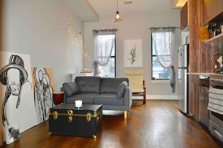 Bright and spacious room in Bushwick