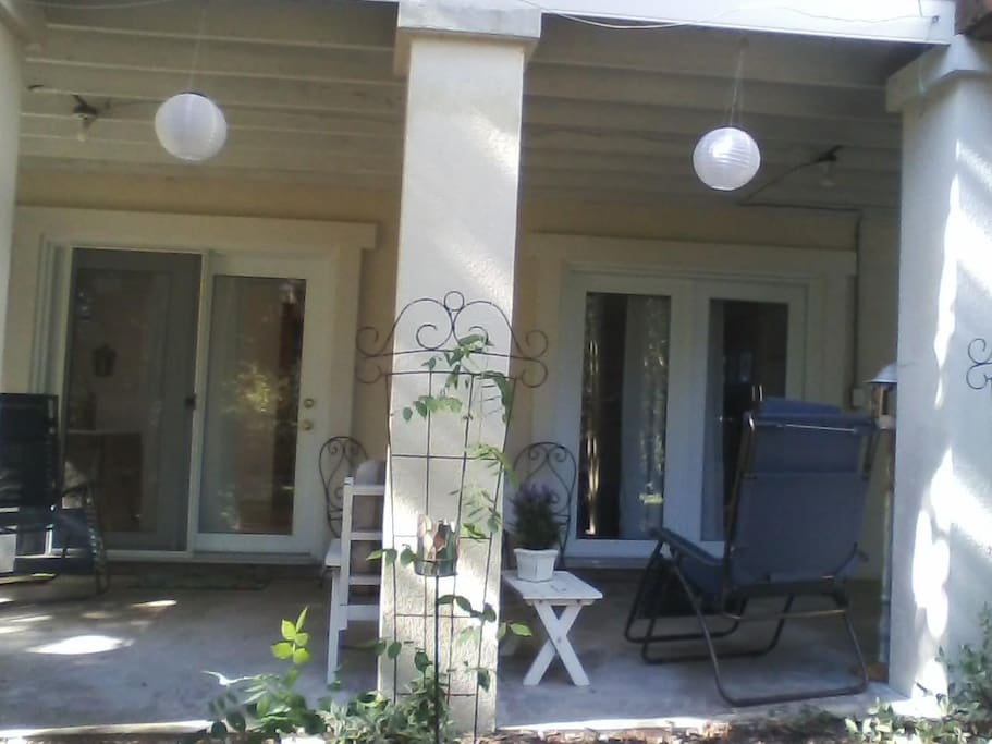 Private Entrance to cottage with welcoming covered porch