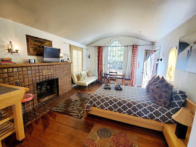 ■Amazing Historic Cottage @ Venice Short/Long stay
