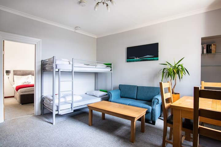 Bazpackers self-catering apartment