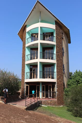 Sky Beach Hotel - Entebbe - Apartmen