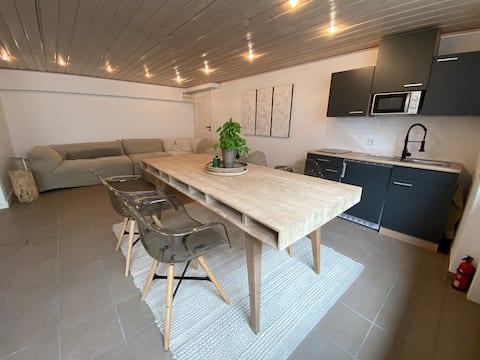 Schönes Souterrain-Apartment - ruhig und zentral