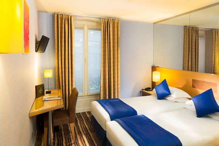 Hotel Pavillon Bastille***