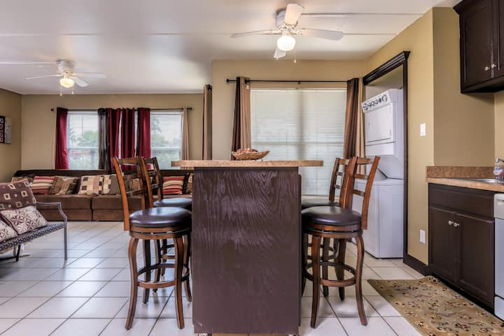 Gulfview II-Casual studio condo close to waterpark!