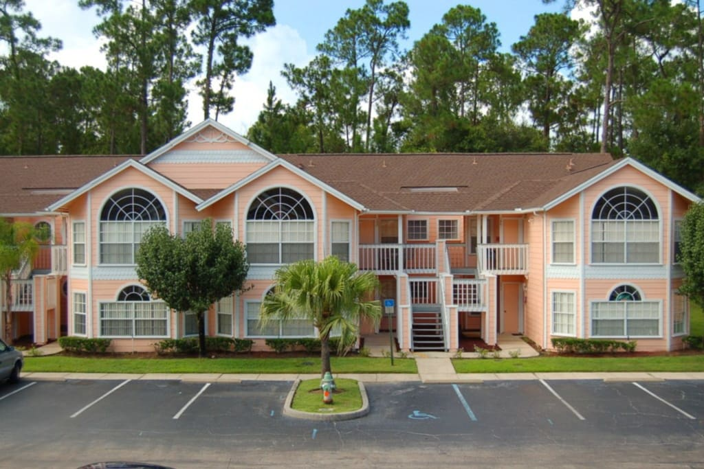 Spacious 3 Bedroom Condo On Resort Flats For Rent In Kissimmee Florida United States