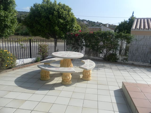 Casa Julian, 1 level 3 bed villa Puente Don Manual