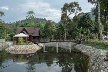 D'Pondok within D'Bayou - Hulu Langat