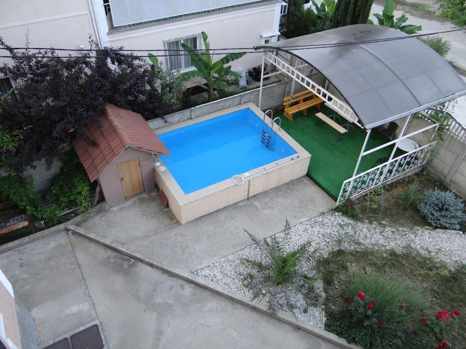 Детский бассейн, беседка, мангал