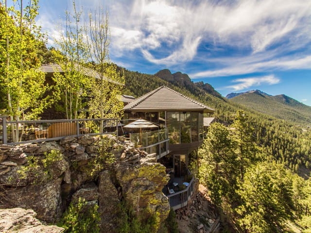 MOUNTAINSIDE LUXURY VACATION HOME. - Estes Park - Дом