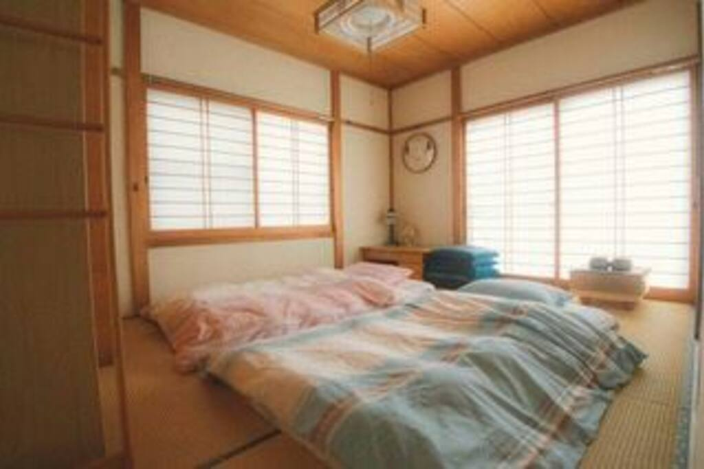 2F和室 布団枕セット2組