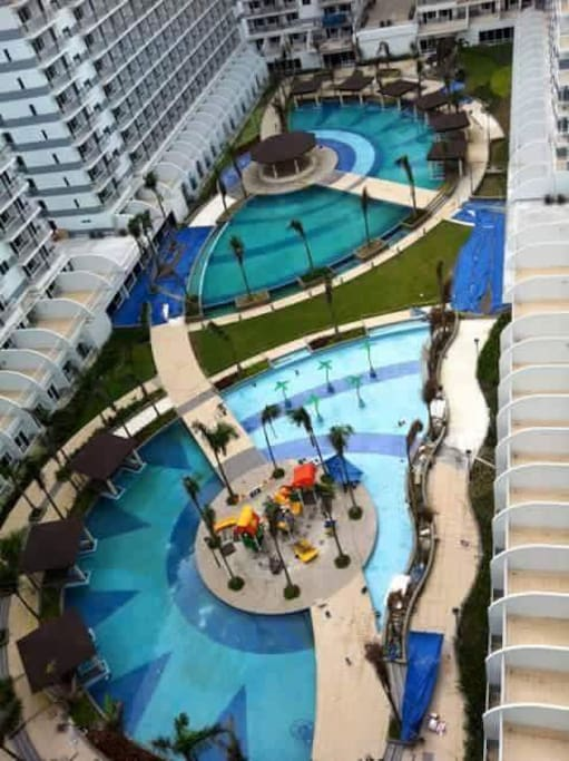 View of amenities. NOTE: SMDC is currently charging P150 to use the pool during weekdays for guests staying for less than 1 month. You will need to register during business hrs if you want to use the pool.