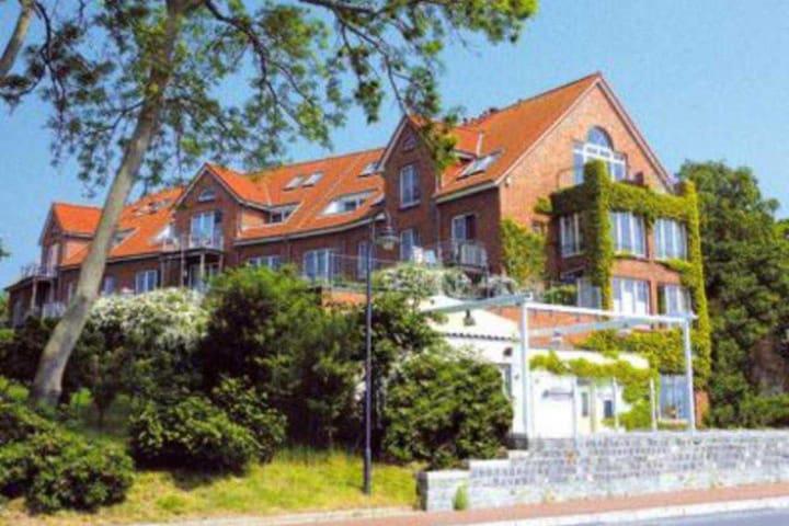 Strandnahe Wohnung mit Haffblick - Rerik - Apartment