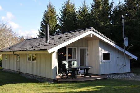 Sommerhus i naturskønt område - Farsø