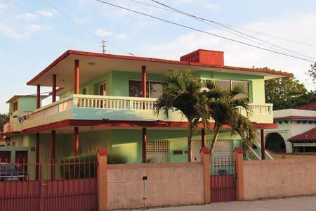 MARCO'S HOUSE VARADERO BAJOS - Varadero - Dům