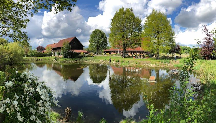 """Ferien- Monteurwohnung """"Haus mit See"""", Fürstenau"""