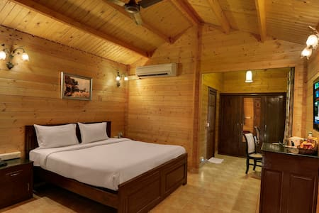 Beautifully Crafted Chalets @ Benaulim - Navelim - Alpstuga