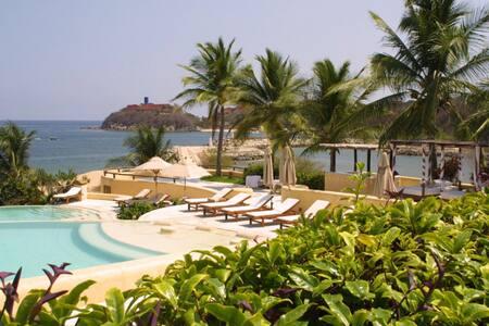 By the Sea Villa at Quinta Real - Huatulco