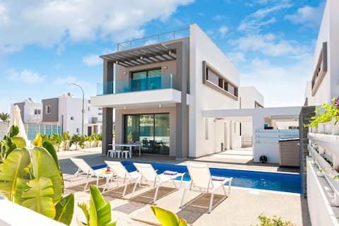 Sunrise Seeker Villa 3 Bdrm With Pvt Pool Protaras