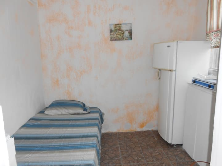 Jo J's Hostel  PRIVATE ROOM WITH BATH AC , TV