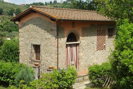 Hayloft in historical Villa of 1300 - Lastra a Signa - Villa