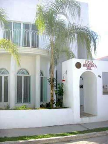 CASA HOLISTICA SOL - BARRA DE NAVIDAD - บ้าน