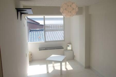 リヨン江戸橋(2K)3人以上限定 - Tsu - Apartmen