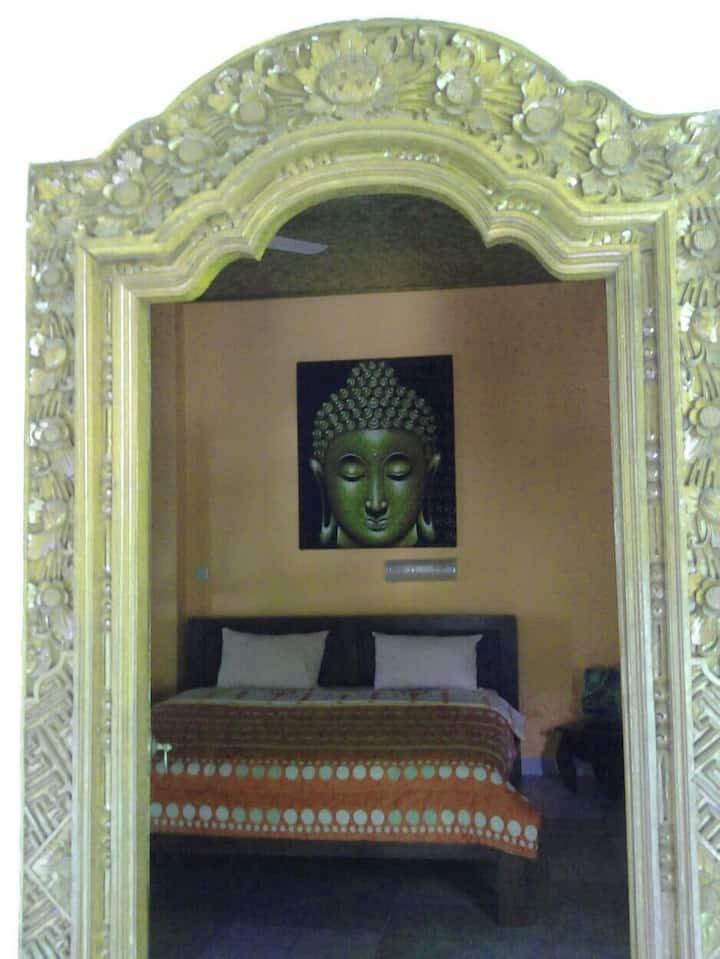 Kubu Pilatus Inn room 2