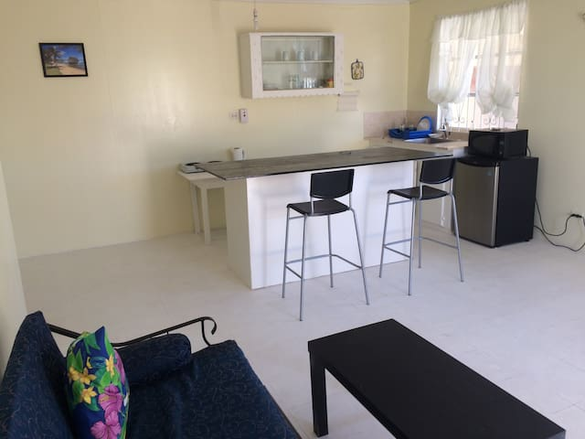 Topaz 1 - Large 1-Bedroom Holiday Apartment