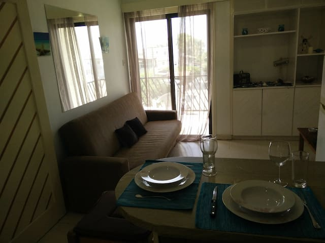 1 bedroom holiday apartment close to the beach