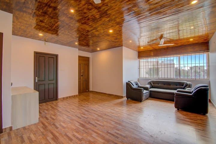 Comfort Stay Apartment -3 BHK
