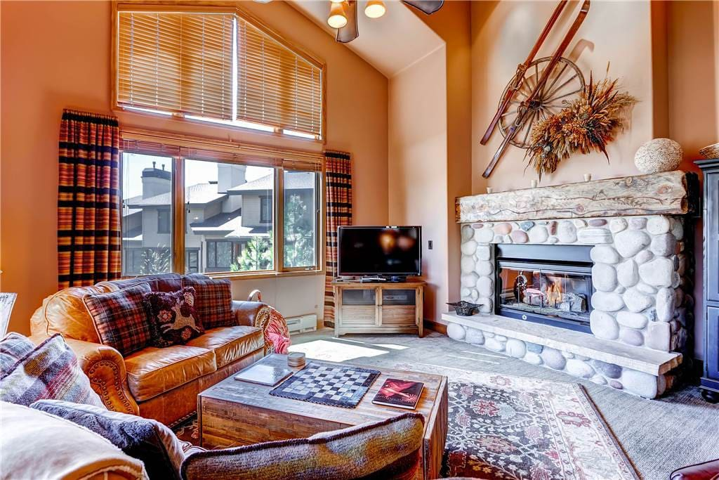 Fireplace,Hearth,Entertainment Center,Couch,Furniture
