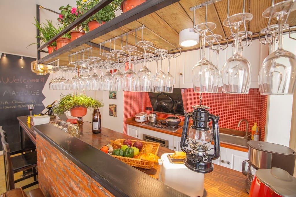 开放式厨房+超赞吧台