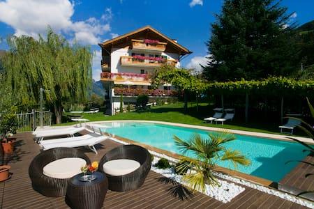 Residence *** Geringerhof - Schenna - Daire