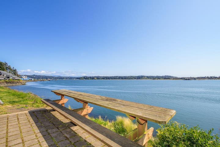 Waterfront condo w/ shared pool/hot tub, private deck, & exquisite views