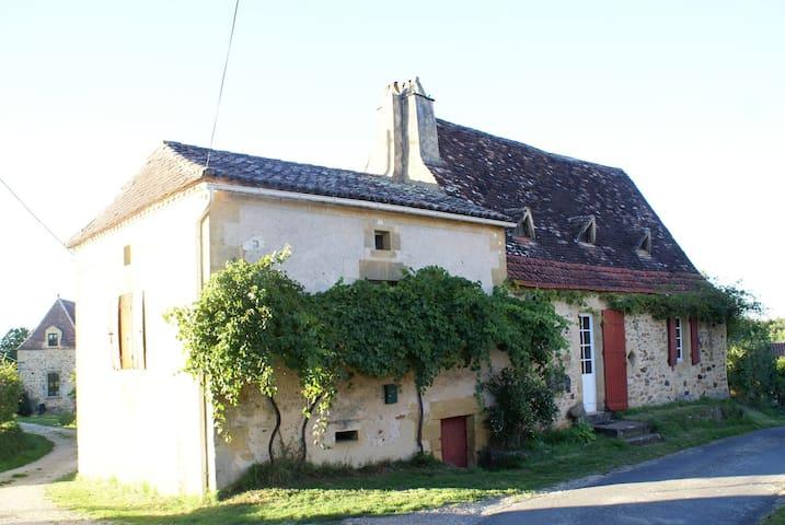 Gîte La Folie - Saint-Avit-Rivière - House