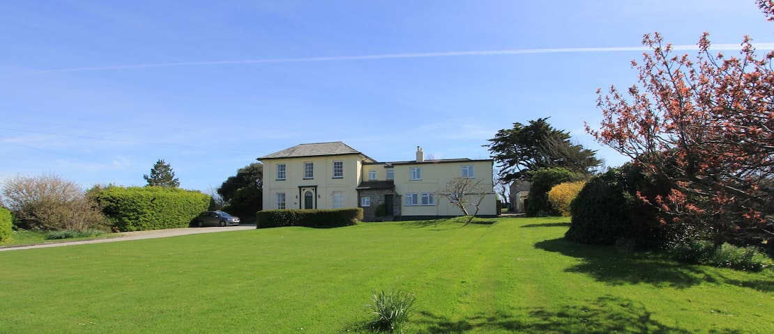 The Old Vicarage - Apartment 2 - Padstow - Wohnung