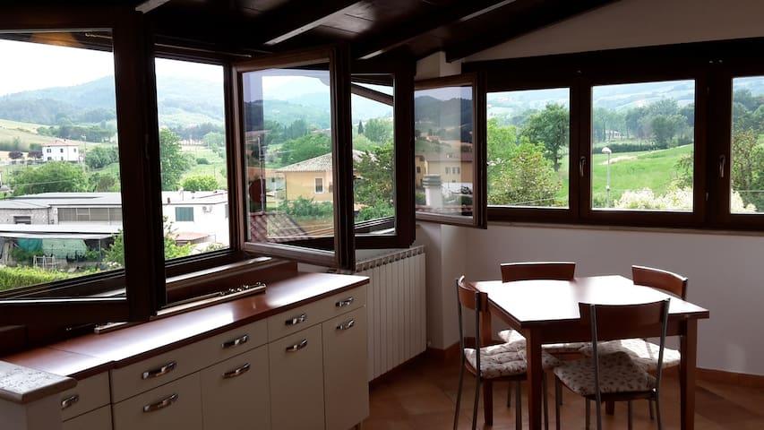 grazioiso appartamento indipendente - Spoleto