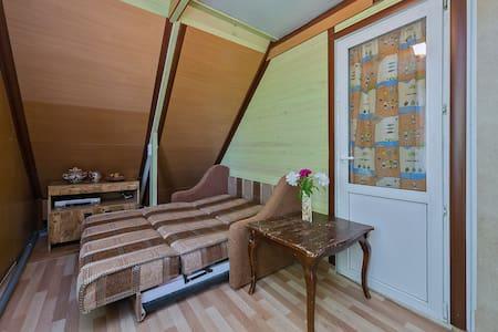 4 комнаты в 2-эт доме 9 км от Мкад - Rumah